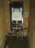 Rodinný dom:montáž vody a kanalizácie